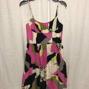 Size 4 EUC Trina Turk Dress